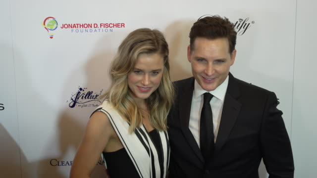 lily anne harrison and peter facinelli at the american icon award at regent beverly wilshire hotel on may 19, 2019 in beverly hills, california. - peter facinelli video stock e b–roll