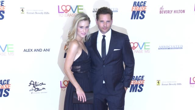 lily anne harrison and peter facinelli at the race to erase 25th anniversary gala at the beverly hilton hotel on april 20, 2018 in beverly hills,... - peter facinelli video stock e b–roll