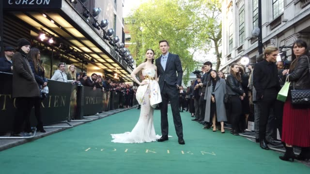 stockvideo's en b-roll-footage met lily collins nicholas hoult at 'tolkien' uk premiere on april 29 2019 in london united kingdom - première