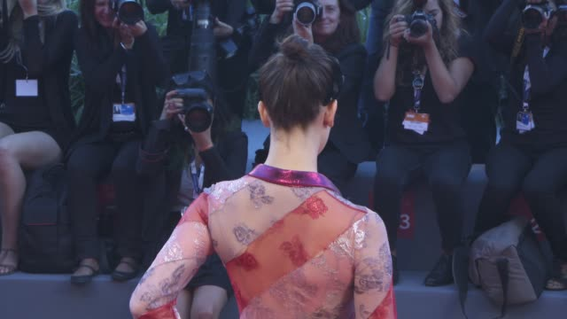 stockvideo's en b-roll-footage met lily mcmenamy terry gilliam maggie weston at 'a bigger splash' red carpet 72nd venice film festival at palazzo del cinema on september 06 2015 in... - terry gilliam