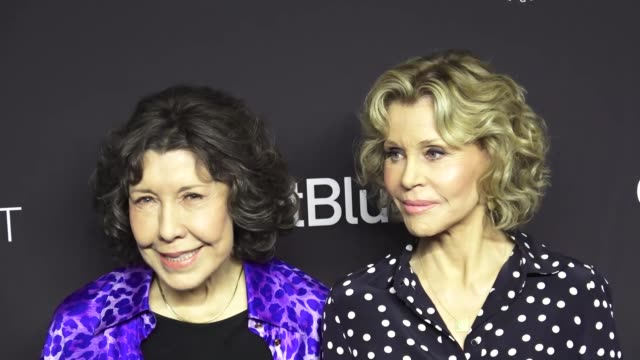lily tomlin and jane fonda at the paley center for media los angeles 2019 panel presentation of 'grace and frankie' at the dolby theatre in hollywood... - paley center for media los angeles stock videos & royalty-free footage