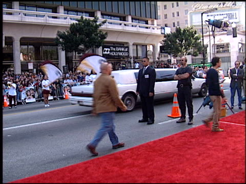 Limo at the 'Grease' Premiere at Grauman's Chinese Theatre in Hollywood California on March 15 1998