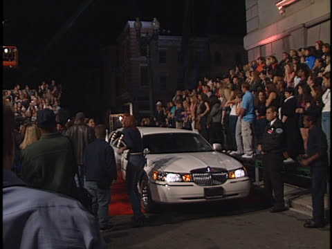 limo at the n sync promo shoot at universal - n sync stock-videos und b-roll-filmmaterial