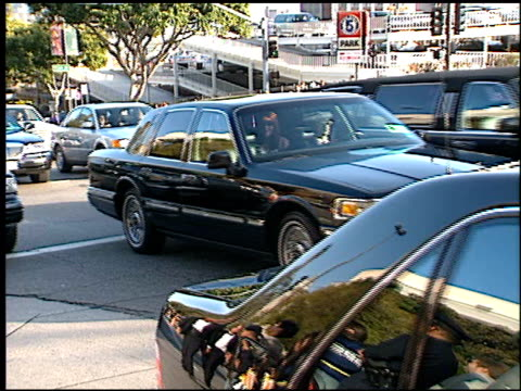 limos at the 1999 academy awards at the shrine auditorium in los angeles, california on march 21, 1999. - 第71回アカデミー賞点の映像素材/bロール
