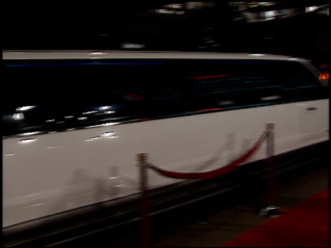 limos at the 'family man' premiere at grauman's chinese theatre in hollywood california on december 12 2000 - the family man film title stock videos & royalty-free footage