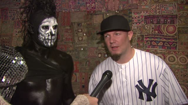 stockvideo's en b-roll-footage met limp bizkit announces first major us tour in more than nine years new york ny united states - popmuziek tournee