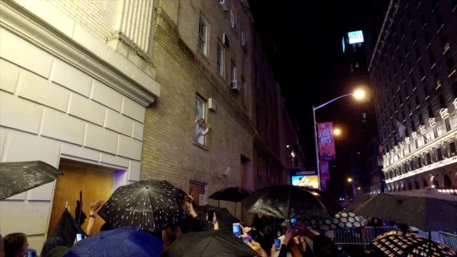 Lin Manuel Miranda waves goodbye to the crowd after his final performance of Hamilton at the Richard Rogers Theater