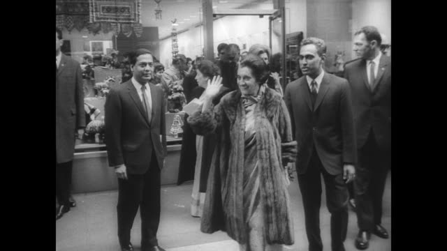 ext lincoln center with small crowd and press waiting for prime minister indira gandhi to arrive / gandhi arrives with various officials / gandhi... - indira gandhi stock videos & royalty-free footage