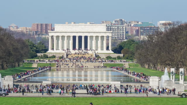 stockvideo's en b-roll-footage met lincoln memorial op de national mall. washington dc - nationaal monument beroemde plaats