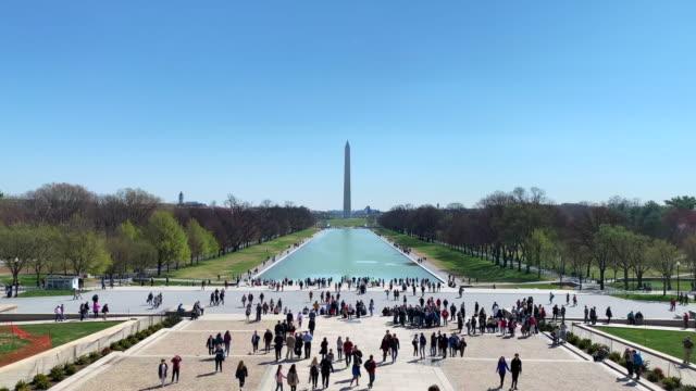 lincoln memorial reflecting pool - reflecting pool washington dc stock videos & royalty-free footage