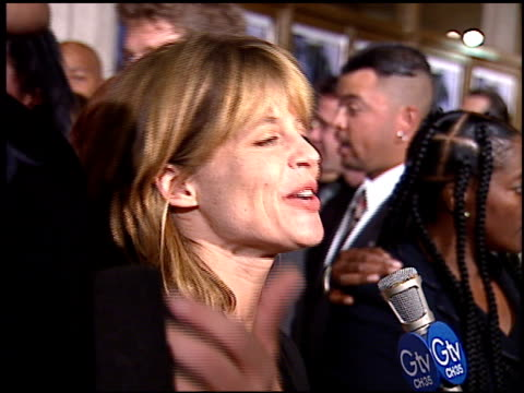linda hamilton at the premiere of 'the long kiss goodnight' at the mann national theatre in westwood california on october 7 1996 - mann national theater stock videos & royalty-free footage