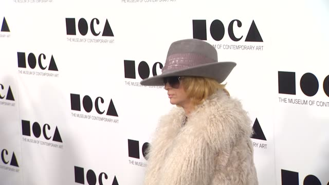 linda ramone at the the museum of contemporary art los angeles presents the annual moca gala at los angeles ca - los angeles museum of contemporary art stock videos and b-roll footage