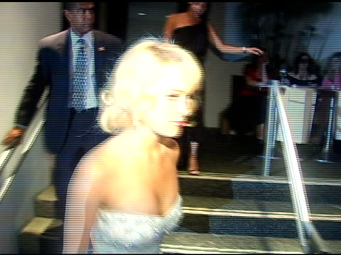 stockvideo's en b-roll-footage met lindsay lohan leaves meson g at the evening with an icon happy birthday marilyn monroe at meson g in los angeles california on june 1 2005 - marilyn monroe
