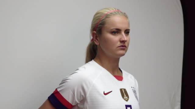 lindsey horan at fifa womens world cup france 2019 team arrival meeting and portrait session on june 08 2019 in reims - fifa stock videos & royalty-free footage