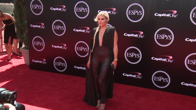 vídeos y material grabado en eventos de stock de lindsey vonn at the 2016 espy awards at microsoft theater on july 13 2016 in los angeles california - premios espy