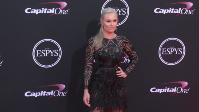 vídeos de stock, filmes e b-roll de lindsey vonn at the 2017 espys in los angeles ca - espy awards