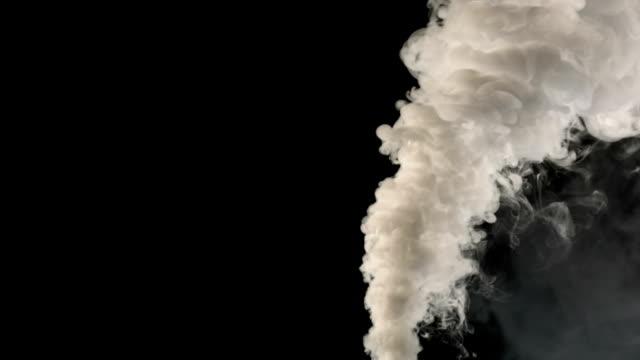 zeile von rauch - abgas stock-videos und b-roll-filmmaterial