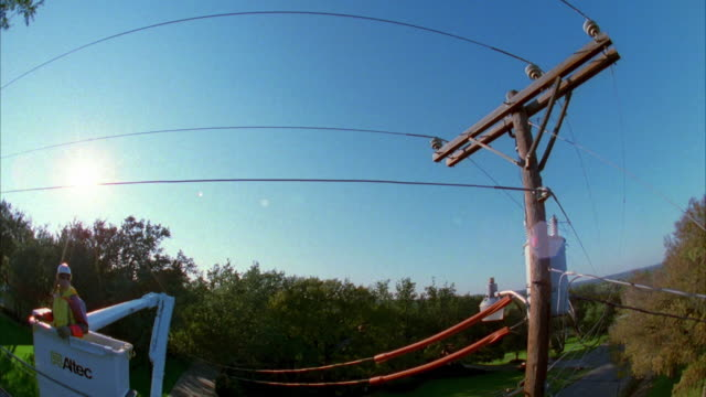 cs slo mo ws lineman in bucket truck next to power lines / austin, texas, usa - see other clips from this shoot 1842 stock videos & royalty-free footage