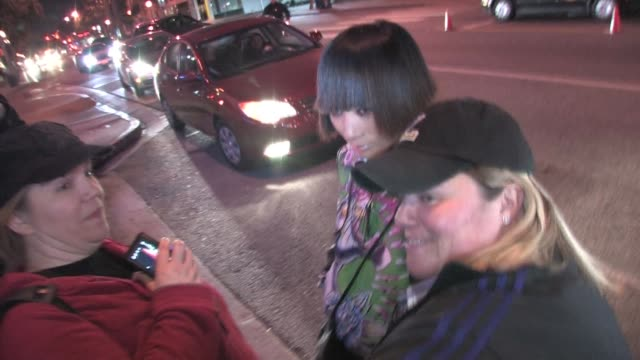 vídeos de stock, filmes e b-roll de ling bai at voyeur in west hollywood at the celebrity sightings in los angeles at los angeles ca - bai ling