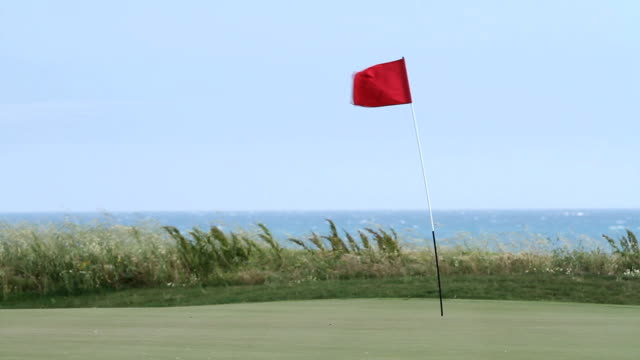 links course flag - links golf stock videos & royalty-free footage