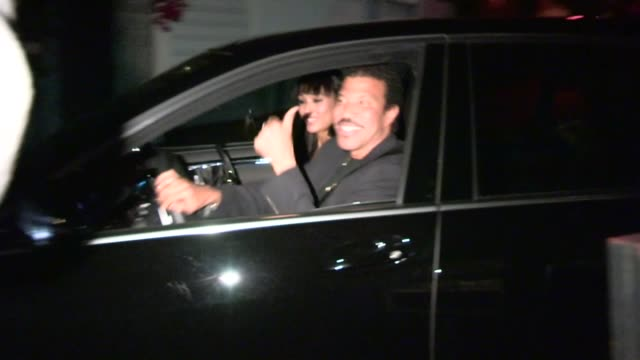 lionel richie greets a fan while departing craig's in west hollywood 05/08/13 - lionel richie stock videos & royalty-free footage