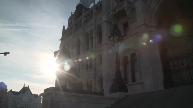 lions in front of hungarian paliment - hungary stock videos & royalty-free footage