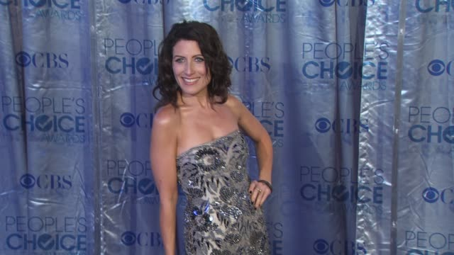 lisa edelstein at the 2011 people's choice awards arrivals at los angeles ca - lisa edelstein stock videos and b-roll footage