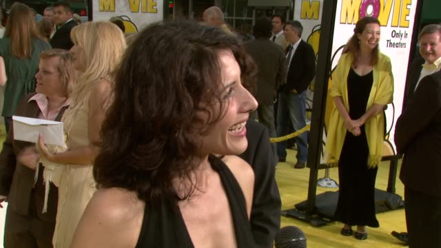 lisa edelstein at the 'the simpsons movie' los angeles premiere at the mann village theatre in westwood california on july 24 2007 - lisa edelstein stock videos and b-roll footage