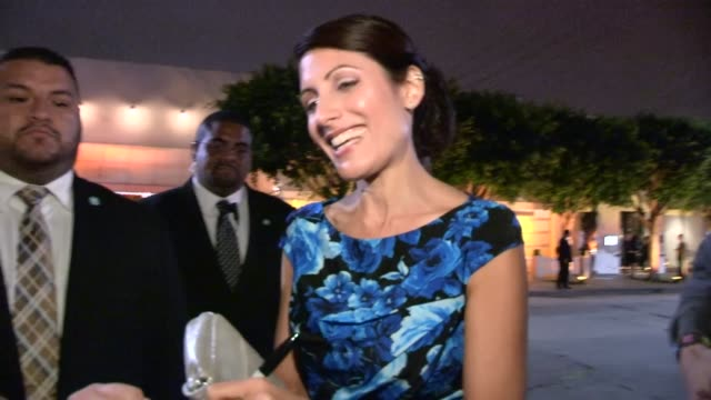 lisa edelstein greets fans while arriving at 2013 entertainment weekly pre emmy party in weho at celebrity sightings in los angeles lisa edelstein... - lisa edelstein stock videos and b-roll footage