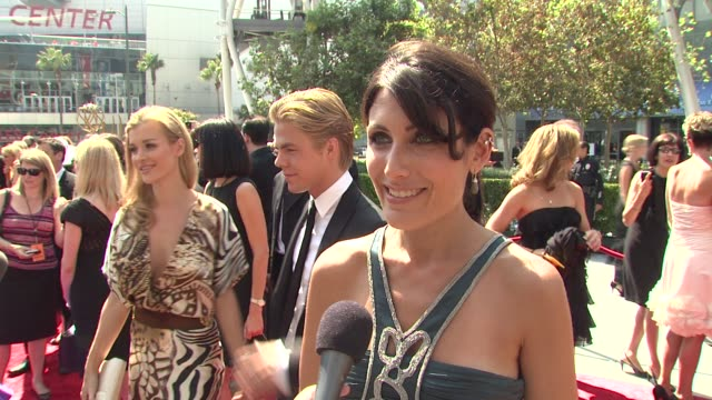 lisa edelstein on what she's wearing on attending the creative art emmy's and on the importance of this award show at the 2009 primetime creative... - lisa edelstein stock videos and b-roll footage