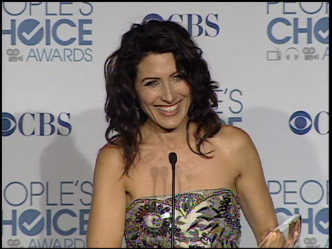 lisa edelstein on winning an award at the 2011 people's choice awards - press room at los angeles ca. - people's choice awards stock videos & royalty-free footage