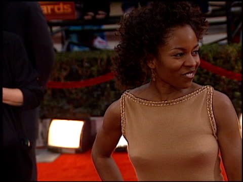 Lisa Gay Hamilton at the 2000 Screen Actors Guild SAG Awards Arrivals at the Shrine Auditorium in Los Angeles California on March 12 2000