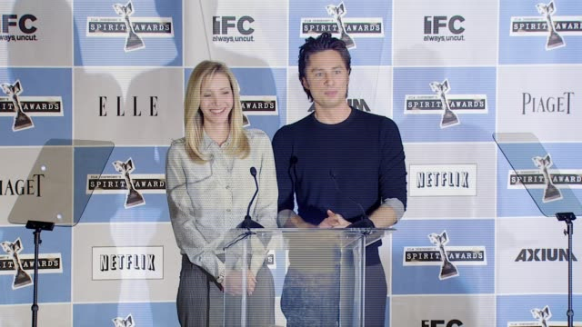 vídeos de stock, filmes e b-roll de lisa kudrow and zach braff announcing the finalist for the filmaker's grants at the independent spirit award nomination announcements at the sofitel... - finalist