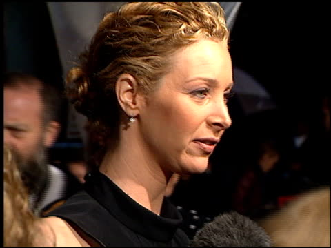 lisa kudrow at the 'hanging up' premiere on february 16, 2000. - hanging up stock videos & royalty-free footage