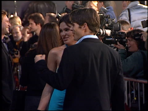 lisa linde at the 'erin brockovich' premiere on march 14, 2000. - erin brockovich film title stock videos & royalty-free footage