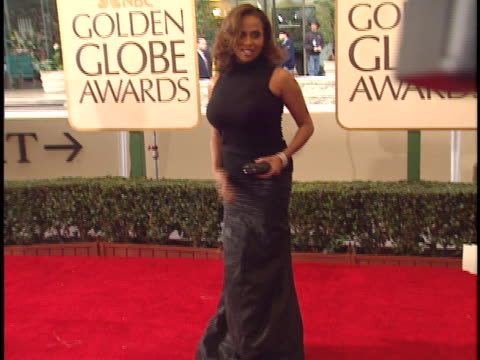 Lisa Nicole Carson at the Golden Globes 99 at Beverly Hilton