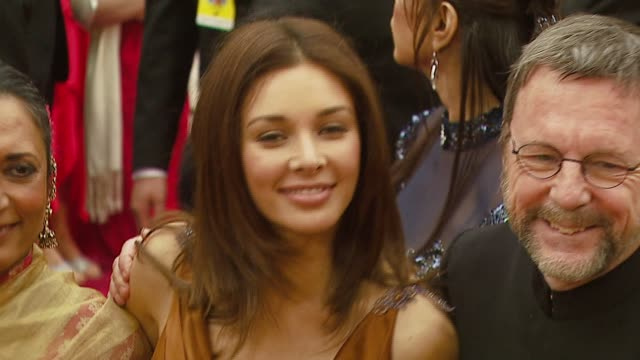 lisa ray at the 2007 academy awards arrivals at the kodak theatre in hollywood california on february 25 2007 - lisaraye mccoy stock videos & royalty-free footage