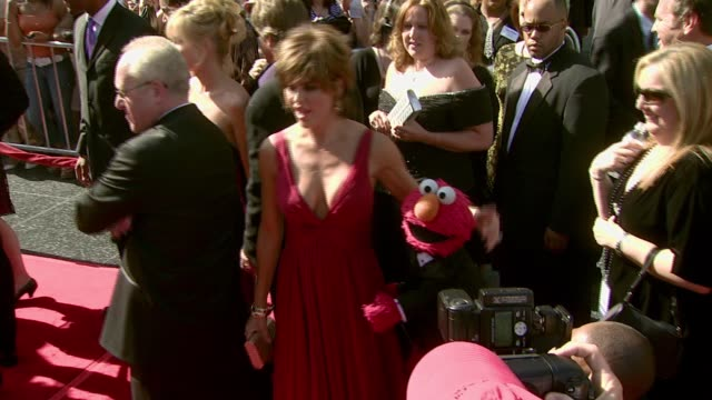 Lisa Rinna and Elmo at the 2007 Daytime Emmy Awards at the Kodak Theatre in Hollywood California on June 15 2007
