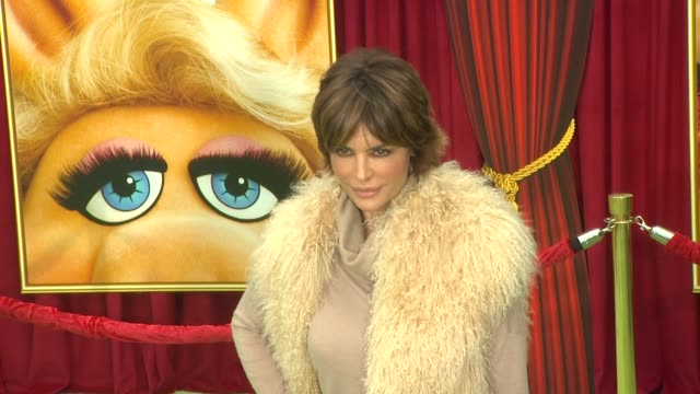 Lisa Rinna at the The World Premiere of Walt Disney's 'The Muppets' at Hollywood CA