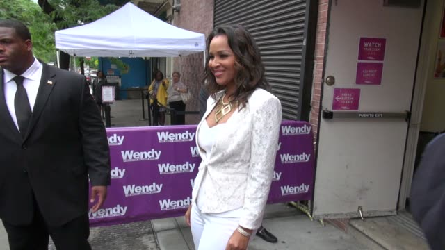 lisaraye mccoy at 'the wendy williams show' studio lisaraye mccoy at 'the wendy williams show' studio on may 22 2012 in new york new york - lisaraye mccoy stock videos & royalty-free footage