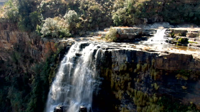 lisbon falls, mpumalanga/aerial view, south africa - drakensberg mountain range stock videos & royalty-free footage