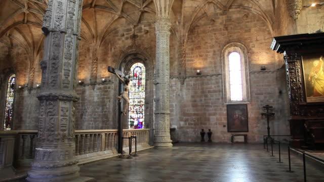 lisbon, jeronimos monastery, hieronymites monastery (mosteiro dos jeronimos), medieval christ sculpture in the church - mosteiro dos jeronimos stock videos and b-roll footage