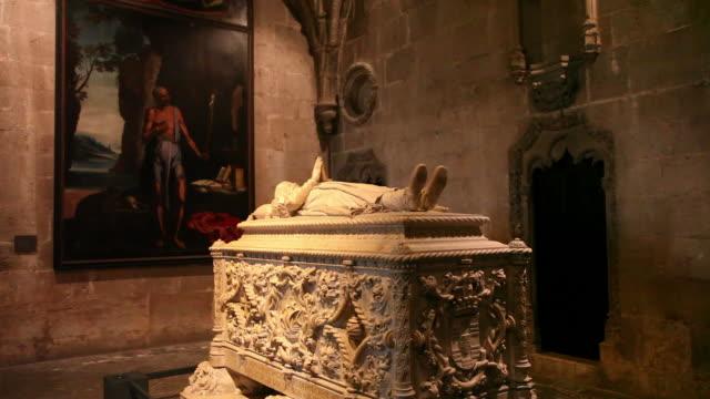 Lisbon, Jeronimos Monastery, Hieronymites Monastery (Mosteiro dos Jeronimos), Neomanueline tomb of the navigator Vasco de Gama (1468-1523), Belem