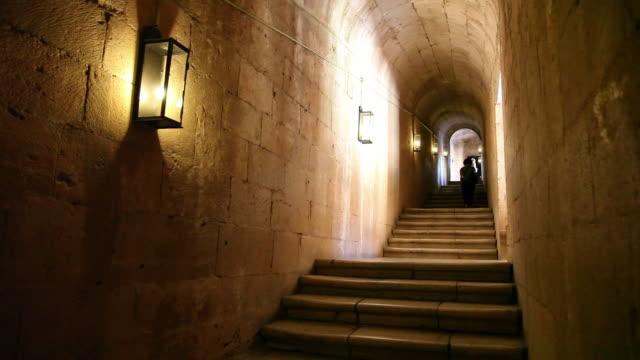 lisbon, jeronimos monastery, hieronymites monastery (mosteiro dos jeronimos), stairs in the church - mosteiro dos jeronimos stock videos and b-roll footage
