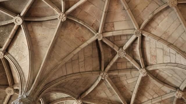 lisbon, jeronimos monastery, hieronymites monastery (mosteiro dos jeronimos), the ceiling of the nave - mosteiro dos jeronimos stock videos and b-roll footage