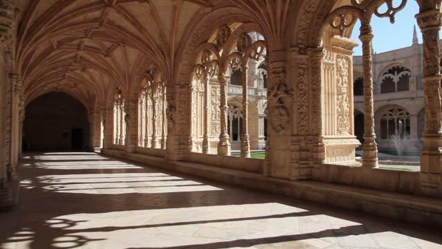 lisbon, jeronimos monastery, hieronymites monastery (mosteiro dos jeronimos), the cloister - mosteiro dos jeronimos stock videos and b-roll footage