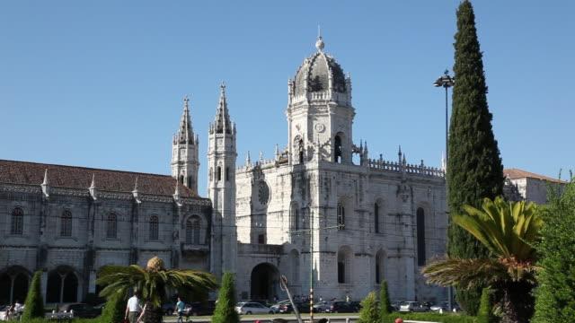 lisbon, jeronimos monastery, hieronymites monastery (mosteiro dos jeronimos), the view of the monastery - mosteiro dos jeronimos stock videos and b-roll footage