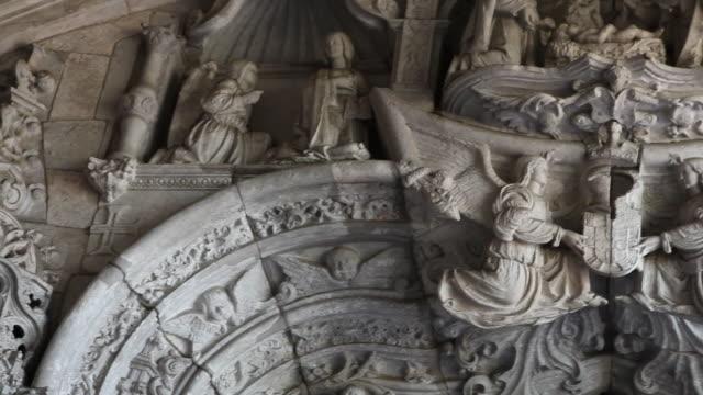lisbon, jeronimos monastery, hieronymites monastery (mosteiro dos jeronimos), the western portal - mosteiro dos jeronimos stock videos and b-roll footage