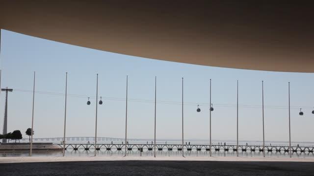 vídeos y material grabado en eventos de stock de lisbon, park of the nations (parque das nacoes), expo 98 - exhibir