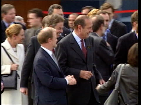 vídeos de stock, filmes e b-roll de lisbon prime minister tony blair mp along with french president jacques chirac then foreign secretary robin cook mp blair next austrian chancellor... - cultura austríaca